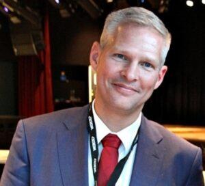 Jan Ivar Oeyulvstad